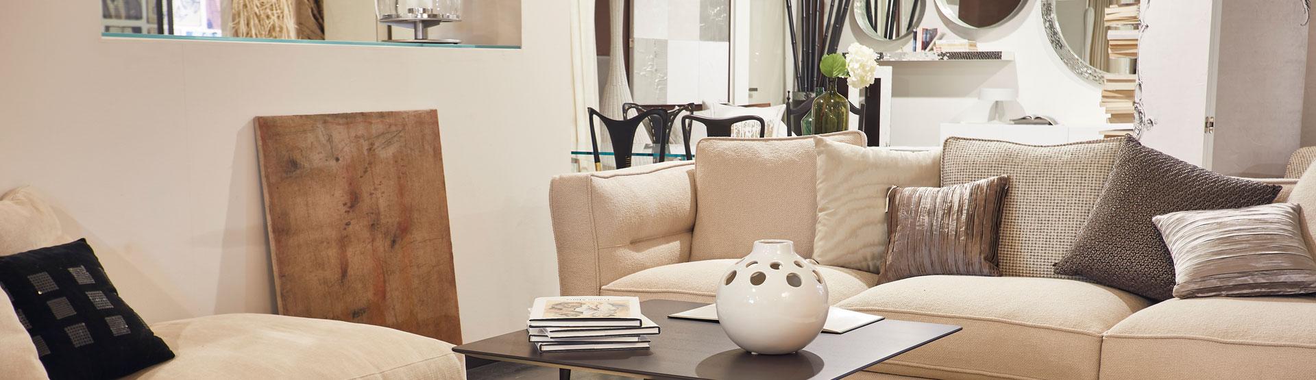 Showroom arredamento di design mobili di design atelier for Tumidei arredamenti